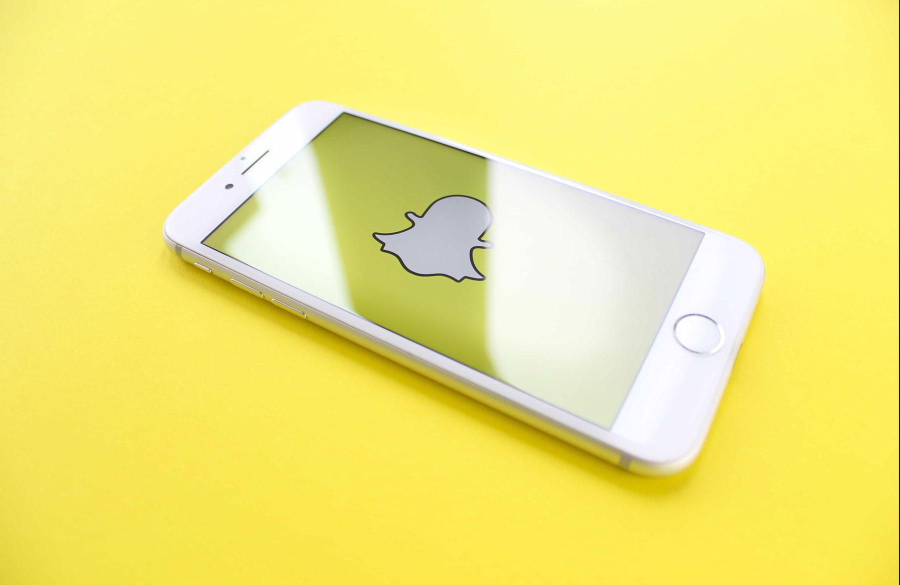 How Snapchat Is Bringing Ads to the Real World